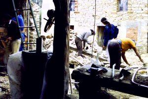 25-casa-pinariega-muro-cocina